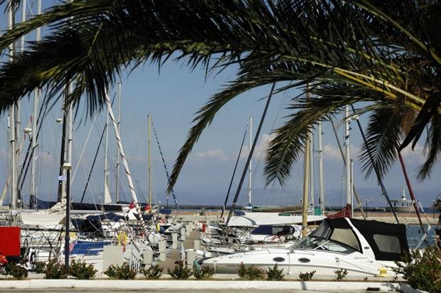 Midilli Adası Marina
